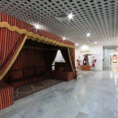 Отель Beach Hotel Sharjah ОАЭ, Шарджа - 8 отзывов об отеле, цены и фото номеров - забронировать отель Beach Hotel Sharjah онлайн интерьер отеля фото 3