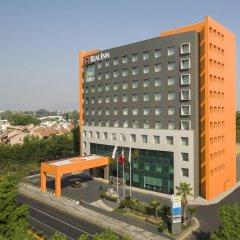 Отель Real Inn Guadalajara Expo городской автобус