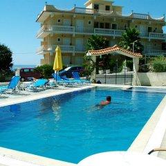 Отель Skyfall Греция, Корфу - отзывы, цены и фото номеров - забронировать отель Skyfall онлайн бассейн фото 3