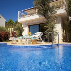 Villa Nes Турция, Калкан - отзывы, цены и фото номеров - забронировать отель Villa Nes онлайн бассейн фото 2