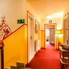 Отель Good Bye Lenin Hostel Польша, Краков - отзывы, цены и фото номеров - забронировать отель Good Bye Lenin Hostel онлайн интерьер отеля
