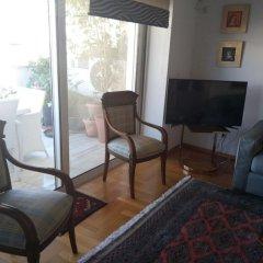 Отель Luxury Flat with Amazing Lycabetus View Афины комната для гостей
