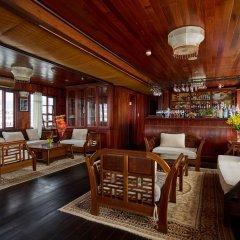 Отель Garden Bay Legend Cruise Вьетнам, Халонг - отзывы, цены и фото номеров - забронировать отель Garden Bay Legend Cruise онлайн гостиничный бар