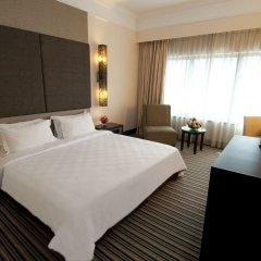 Отель Swiss-Garden Hotel Kuala Lumpur Малайзия, Куала-Лумпур - 2 отзыва об отеле, цены и фото номеров - забронировать отель Swiss-Garden Hotel Kuala Lumpur онлайн комната для гостей фото 2