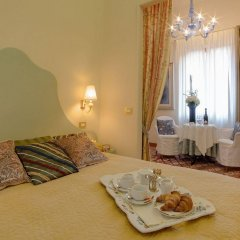 Отель Ca della Corte в номере фото 2