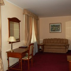 Academy Dnepropetrovsk Hotel комната для гостей фото 4