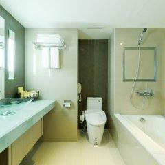Отель Windsor Suites And Convention Бангкок ванная фото 2