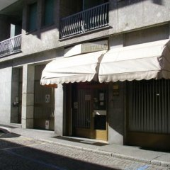 Отель Albergo Cristallo Италия, Леньяно - отзывы, цены и фото номеров - забронировать отель Albergo Cristallo онлайн парковка