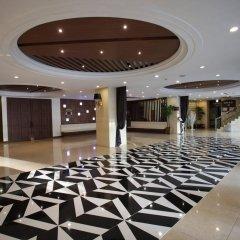 Отель Itaewon Crown hotel Южная Корея, Сеул - отзывы, цены и фото номеров - забронировать отель Itaewon Crown hotel онлайн интерьер отеля фото 3