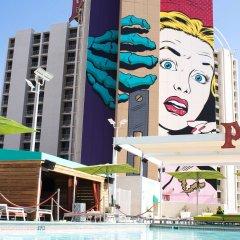 Отель Plaza Hotel & Casino США, Лас-Вегас - 1 отзыв об отеле, цены и фото номеров - забронировать отель Plaza Hotel & Casino онлайн бассейн фото 2