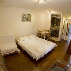 Отель SMS Apartments Черногория, Будва - отзывы, цены и фото номеров - забронировать отель SMS Apartments онлайн удобства в номере фото 2