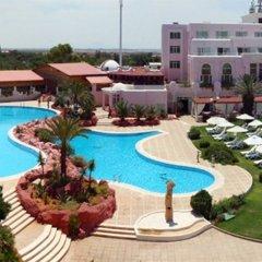 Regency Tunis Hotel с домашними животными