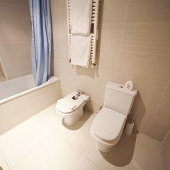 Отель Realrent Marina Real (ex. Realrent Avenida Del Puerto) Валенсия ванная