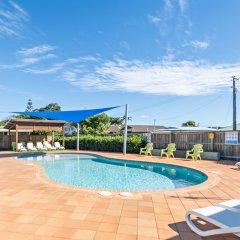Отель Holiday Haven Burrill Lake Австралия, Сассекс-Инлет - отзывы, цены и фото номеров - забронировать отель Holiday Haven Burrill Lake онлайн бассейн фото 2