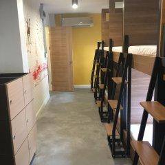 Bed@town Hostel Бангкок фитнесс-зал