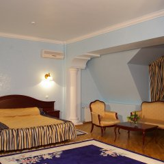 Гостиница «Чеботаревъ» в Сочи - забронировать гостиницу «Чеботаревъ», цены и фото номеров комната для гостей фото 3
