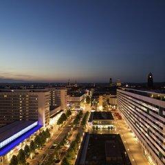 Отель Pullman Dresden Newa Германия, Дрезден - 2 отзыва об отеле, цены и фото номеров - забронировать отель Pullman Dresden Newa онлайн балкон