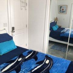 Отель WHITEHOUSE Guesthouse Канада, Ванкувер - отзывы, цены и фото номеров - забронировать отель WHITEHOUSE Guesthouse онлайн комната для гостей