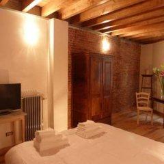 Отель B&b Les Clarisses Брюссель комната для гостей фото 5