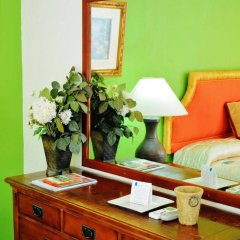 Отель Beachcombers Hotel Сент-Винсент и Гренадины, Остров Бекия - отзывы, цены и фото номеров - забронировать отель Beachcombers Hotel онлайн удобства в номере