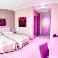 Отель At Home Солна комната для гостей фото 4