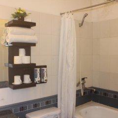 Отель Hanoi Traveller Hostel Вьетнам, Ханой - отзывы, цены и фото номеров - забронировать отель Hanoi Traveller Hostel онлайн ванная фото 2