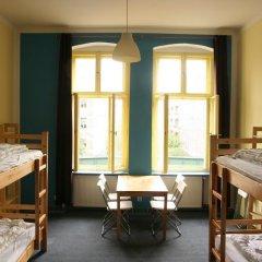 Alcatraz Backpacker Hostel Кровать в общем номере фото 17