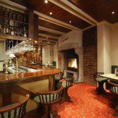 Отель Nh Brugge Брюгге гостиничный бар