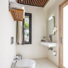 Urla Bagevi Boutique Hotel - Special Class Турция, Урла - отзывы, цены и фото номеров - забронировать отель Urla Bagevi Boutique Hotel - Special Class онлайн ванная