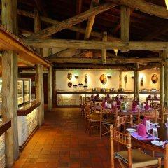 Отель Sarova Lion Hill Game Lodge гостиничный бар