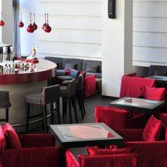 Отель Life Gallery гостиничный бар