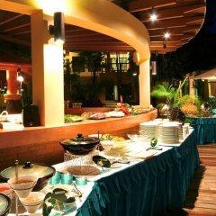 Отель Crown Lanta Resort & Spa Ланта питание