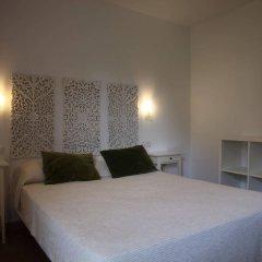 Отель Hostal Los Geranios Del Pinar Торремолинос комната для гостей фото 5