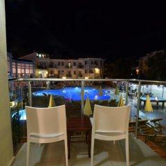 Belcehan Deluxe Hotel Турция, Олудениз - отзывы, цены и фото номеров - забронировать отель Belcehan Deluxe Hotel онлайн балкон