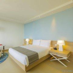 Отель Holiday Inn Pattaya, an IHG Hotel Таиланд, Паттайя - отзывы, цены и фото номеров - забронировать отель Holiday Inn Pattaya, an IHG Hotel онлайн комната для гостей