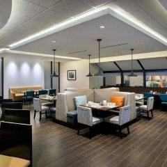 Отель Newark Liberty International Airport Marriott США, Ньюарк - отзывы, цены и фото номеров - забронировать отель Newark Liberty International Airport Marriott онлайн интерьер отеля фото 2