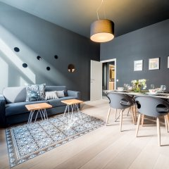 Отель Smartflats Design - Schuman Брюссель гостиничный бар