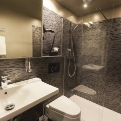 Отель Hôtel Helussi ванная фото 2