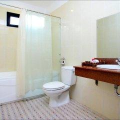 Отель Han Thuyen Homestay ванная фото 2