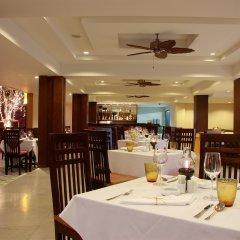 Отель Diamond Cottage Resort And Spa пляж Ката питание