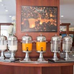 Отель R-Con Wong Amat Suite питание