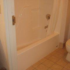 Отель Kozy Inn Columbus Колумбус ванная фото 2