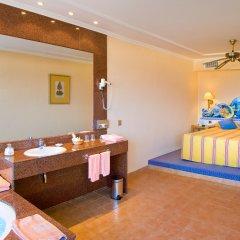 Отель Blue Sea Costa Bastián спа