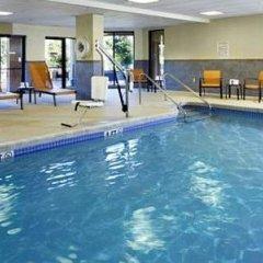 Отель Courtyard Columbus Airport США, Колумбус - отзывы, цены и фото номеров - забронировать отель Courtyard Columbus Airport онлайн бассейн