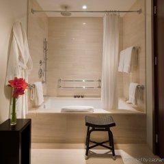 Отель The Langham, New York, Fifth Avenue ванная