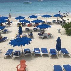 Отель Negril Tree House Resort пляж