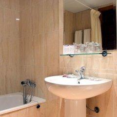 Отель Natali Торремолинос ванная фото 2
