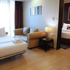 Отель Admiral Premier Sukhumvit 23 By Compass Hospitality Бангкок комната для гостей фото 4