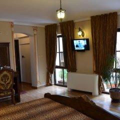 Отель Boris Palace Boutique Hotel Болгария, Пловдив - отзывы, цены и фото номеров - забронировать отель Boris Palace Boutique Hotel онлайн интерьер отеля фото 3