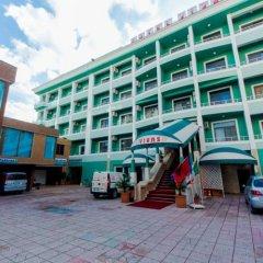 Vivas Hotel парковка